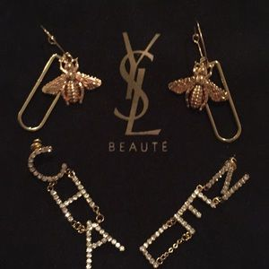 Jewelry - Bee earrings